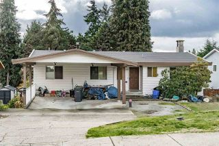 Photo 1: 1122 HOWSE Place in Coquitlam: Central Coquitlam House for sale : MLS®# R2338849