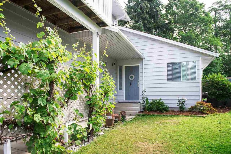 FEATURED LISTING: 562 CYPRESS Place Gibsons