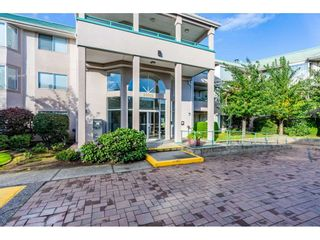"""Photo 3: 211 33165 OLD YALE Road in Abbotsford: Central Abbotsford Condo for sale in """"SOMMERSET RIDGE"""" : MLS®# R2510975"""