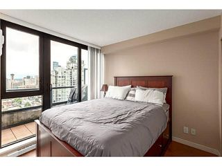 """Photo 4: 2902 928 HOMER Street in Vancouver: Yaletown Condo for sale in """"YALETOWN PARK"""" (Vancouver West)  : MLS®# V1125187"""