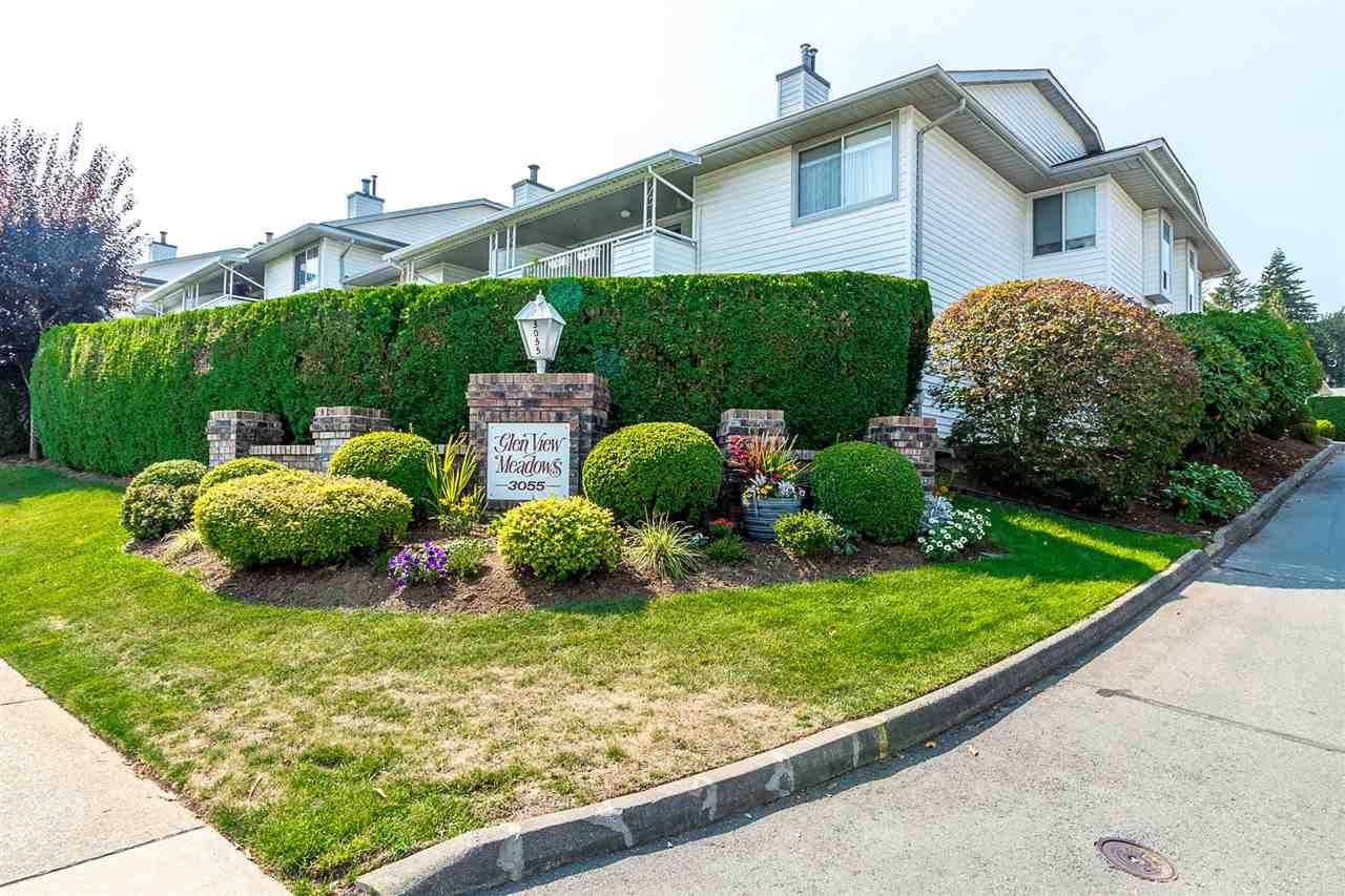 """Main Photo: 27 3055 TRAFALGAR Street in Abbotsford: Central Abbotsford Townhouse for sale in """"Glenview Meadows"""" : MLS®# R2301122"""