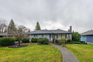 Photo 2: 708 PEMBROKE AVENUE in Coquitlam: Coquitlam West House for sale : MLS®# R2428205