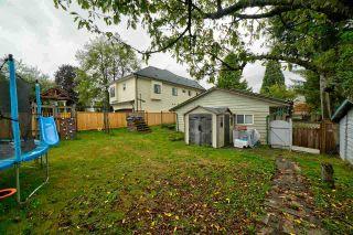 "Photo 3: 12110 96A Avenue in Surrey: Cedar Hills House for sale in ""CEDAR HILLS"" (North Surrey)  : MLS®# R2553381"