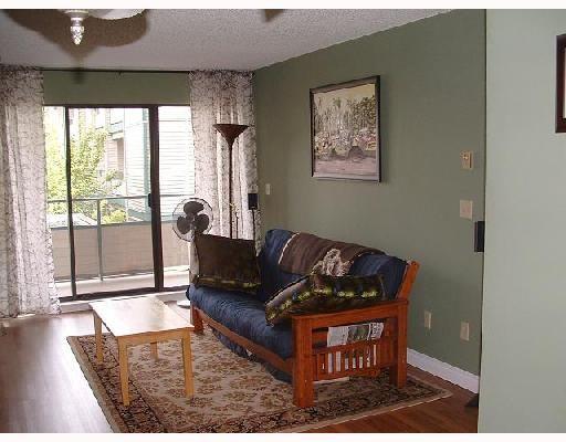 "Photo 4: Photos: 219 2925 GLEN Drive in Coquitlam: North Coquitlam Condo for sale in ""GLENBOROUGH"" : MLS®# V662841"
