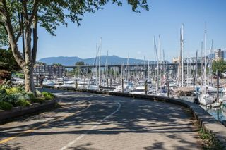 Photo 15: 1523 MARINER WALK in Vancouver: False Creek Townhouse for sale (Vancouver West)  : MLS®# R2367455