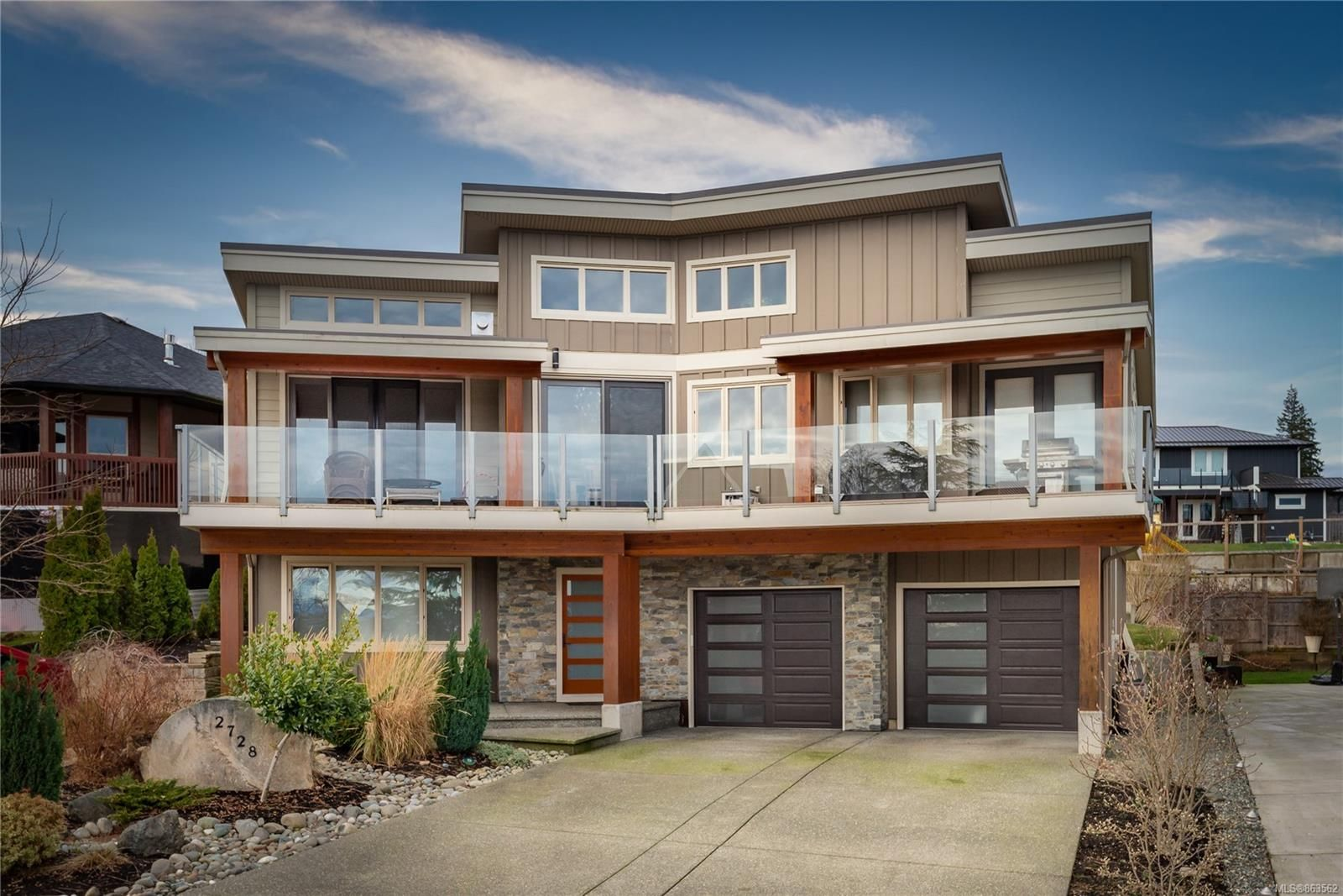 Main Photo: 2728 Penfield Rd in : CR Willow Point House for sale (Campbell River)  : MLS®# 863562