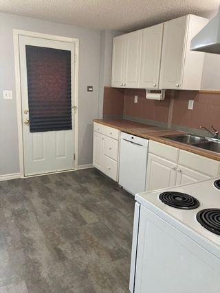 Photo 5: 33 Ridgewood Terrace in St. Albert: Townhouse for rent