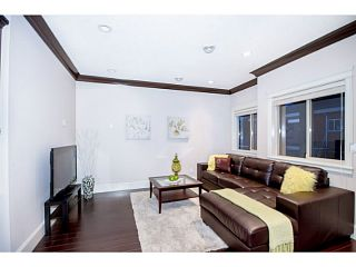 Photo 8: 6790 SPERLING Avenue in Burnaby: Upper Deer Lake House for sale (Burnaby South)  : MLS®# V1081274