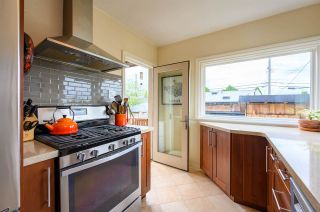Photo 14: 3041 E 2ND AVENUE in Vancouver: Renfrew VE House for sale (Vancouver East)  : MLS®# R2456098
