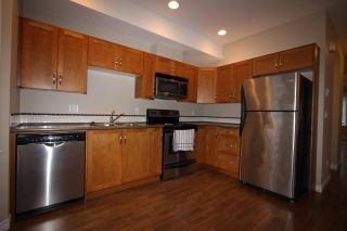 Photo 4: 1 32501 FRASER Crescent in Mission: Mission BC Townhouse for sale : MLS®# R2155860