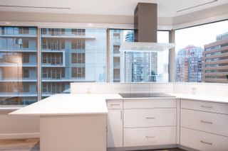 """Photo 11: 814 1177 HORNBY Street in Vancouver: Downtown VW Condo for sale in """"LONDON PLACE"""" (Vancouver West)  : MLS®# R2611424"""