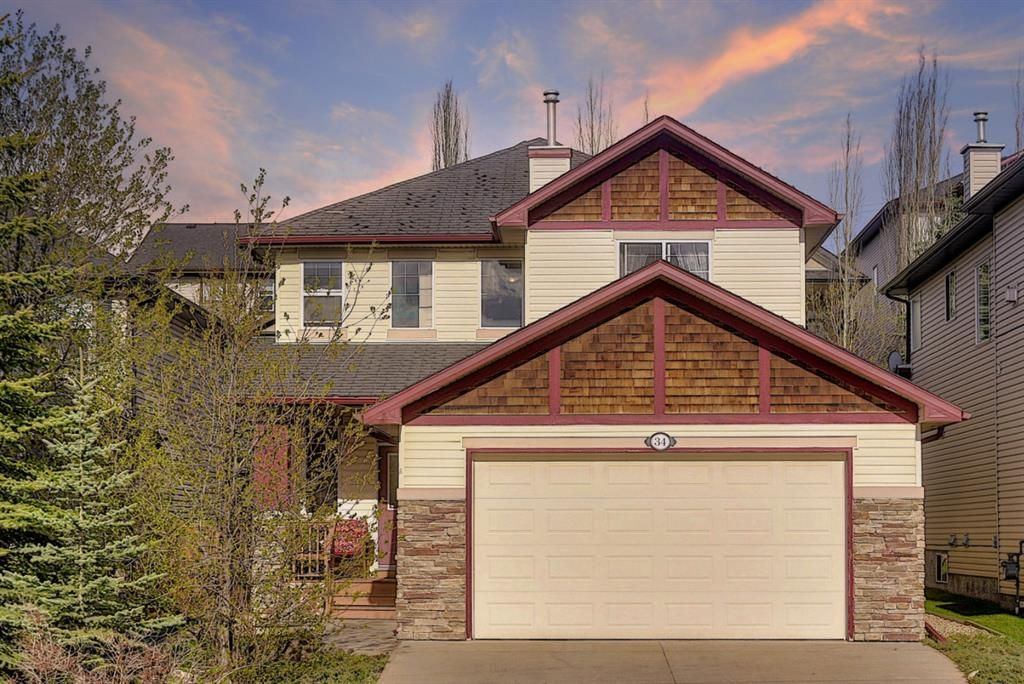 Main Photo: 34 Crestmont Drive SW in Calgary: Crestmont Detached for sale : MLS®# A1119055