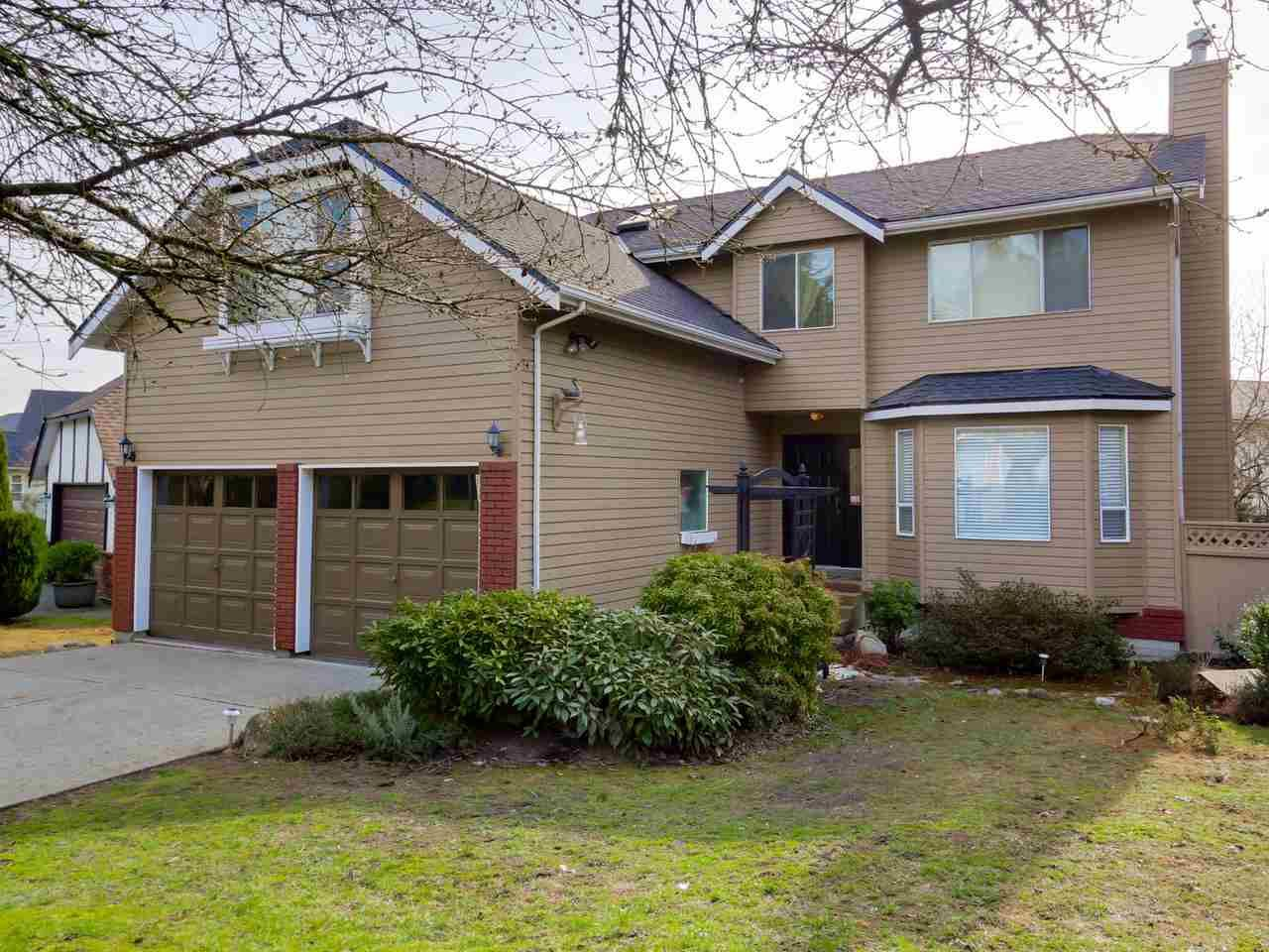 "Main Photo: 2868 TEMPE KNOLL Drive in North Vancouver: Tempe House for sale in ""TEMPE"" : MLS®# R2046593"
