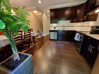 """Photo 8: 46 15399 GUILDFORD Drive in Surrey: Guildford Townhouse for sale in """"GUILDFORD GREEN"""" (North Surrey)  : MLS®# R2577947"""