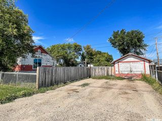 Photo 3: 114 2nd Street West in Meadow Lake: Residential for sale : MLS®# SK867752