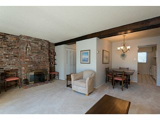 """Photo 3: 33 11551 KINGFISHER Drive in Richmond: Westwind Townhouse for sale in """"WEST CHELSEA/WESTWIND"""" : MLS®# V1044115"""