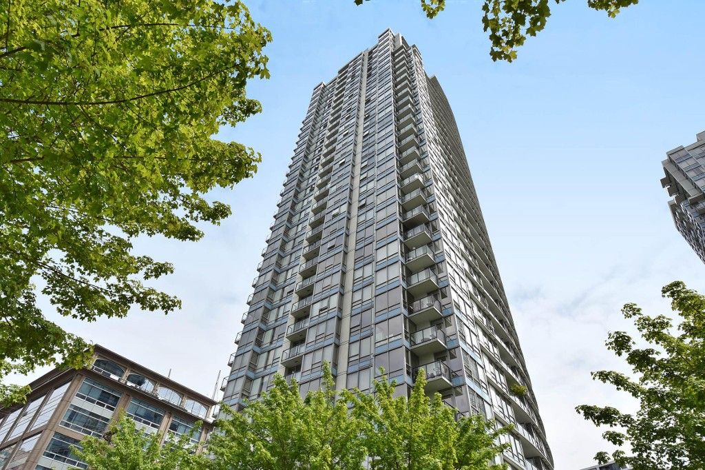 """Photo 24: Photos: 1708 928 BEATTY Street in Vancouver: Yaletown Condo for sale in """"MAX 1"""" (Vancouver West)  : MLS®# R2165040"""