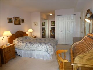 """Photo 14: 202 1575 BEST Street: White Rock Condo for sale in """"The Embassy"""" (South Surrey White Rock)  : MLS®# F1416126"""