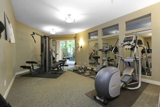 "Photo 18: 420 1633 MACKAY Avenue in North Vancouver: Pemberton Heights Condo for sale in ""TOUCHSTONE"" : MLS®# R2183726"