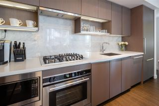"""Photo 9: 1030 68 SMITHE Street in Vancouver: Downtown VW Condo for sale in """"One Pacific"""" (Vancouver West)  : MLS®# R2616038"""