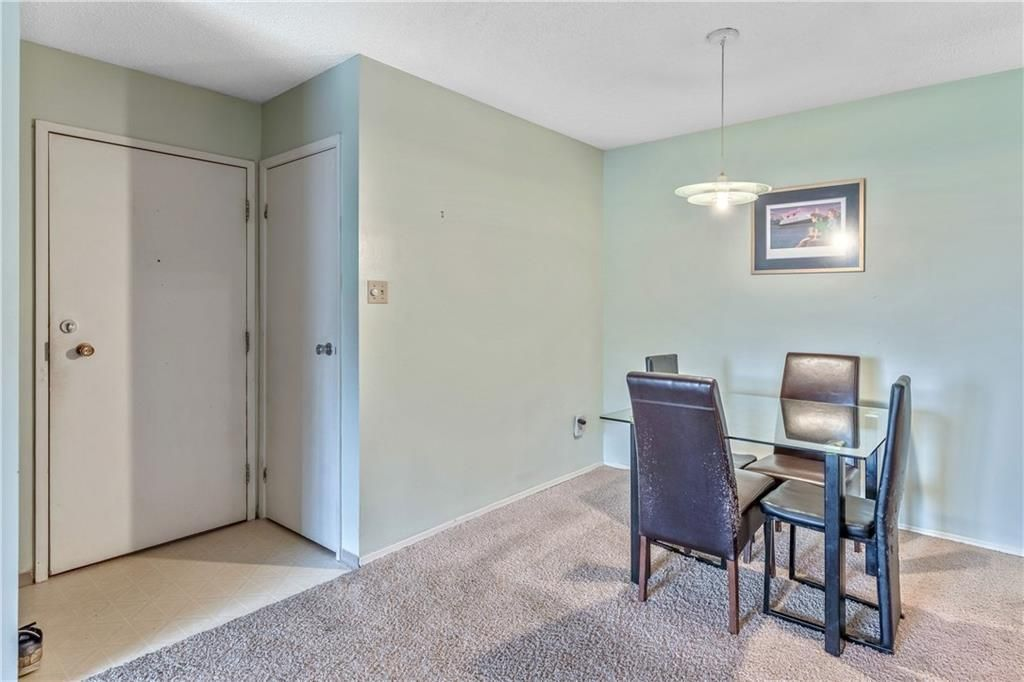 Photo 4: Photos: 9306 315 SOUTHAMPTON Drive SW in Calgary: Southwood Apartment for sale : MLS®# C4224686