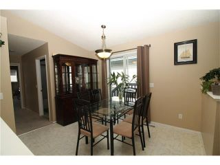 Photo 11: 15 APPLEMEAD Court SE in Calgary: Applewood Park House for sale : MLS®# C4108837