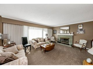 """Photo 7: 4011 206A Street in Langley: Brookswood Langley House for sale in """"Brookswood"""" : MLS®# R2564652"""
