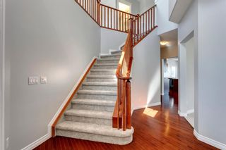 Photo 2: 36 Weston Place SW in Calgary: West Springs Detached for sale : MLS®# A1039487