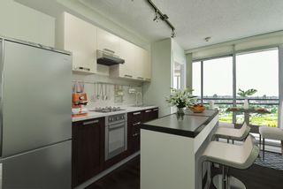 """Photo 3: 2202 10777 UNIVERSITY Drive in Surrey: Whalley Condo for sale in """"CITY POINT"""" (North Surrey)  : MLS®# R2564095"""
