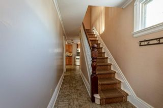 Photo 5: 30 Grove Street East Street in Barrie: Bayfield House (2 1/2 Storey) for sale : MLS®# S5098618
