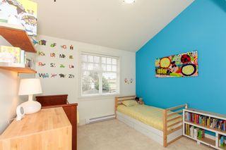 Photo 18: 425 W 16TH AV in Vancouver: Mount Pleasant VW 1/2 Duplex for sale (Vancouver West)  : MLS®# V1122610