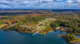 Main Photo: 43 Skipper Hill Drive in Chester Basin: 405-Lunenburg County Residential for sale (South Shore)  : MLS®# 202126193