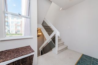Photo 15: 968 CHARLAND Avenue in Coquitlam: Central Coquitlam 1/2 Duplex for sale : MLS®# R2114374