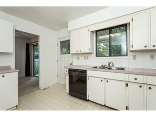 """Photo 9: 3625 208 Street in Langley: Brookswood Langley House for sale in """"Brookswood"""" : MLS®# R2496320"""