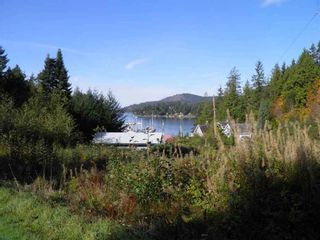 Photo 1:  in Sunshine Coast: Home for sale : MLS®# R2135980