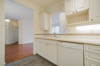 """Photo 9: 207 3098 GUILDFORD Way in Coquitlam: North Coquitlam Condo for sale in """"Malborough House"""" : MLS®# R2449072"""
