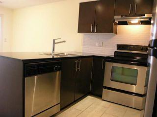 Photo 5: 413 1633 MACKAY Avenue in North Vancouver: Pemberton NV Condo for sale : MLS®# V993603