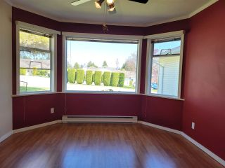 Photo 3: 15 767 NORTH Road in Gibsons: Gibsons & Area Townhouse for sale (Sunshine Coast)  : MLS®# R2569551