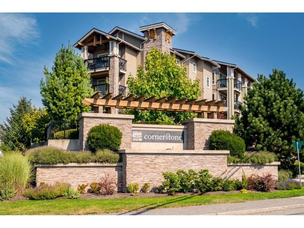 "Main Photo: 412 21009 56 Avenue in Langley: Langley City Condo for sale in ""CORNERSTONE"" : MLS®# R2622421"