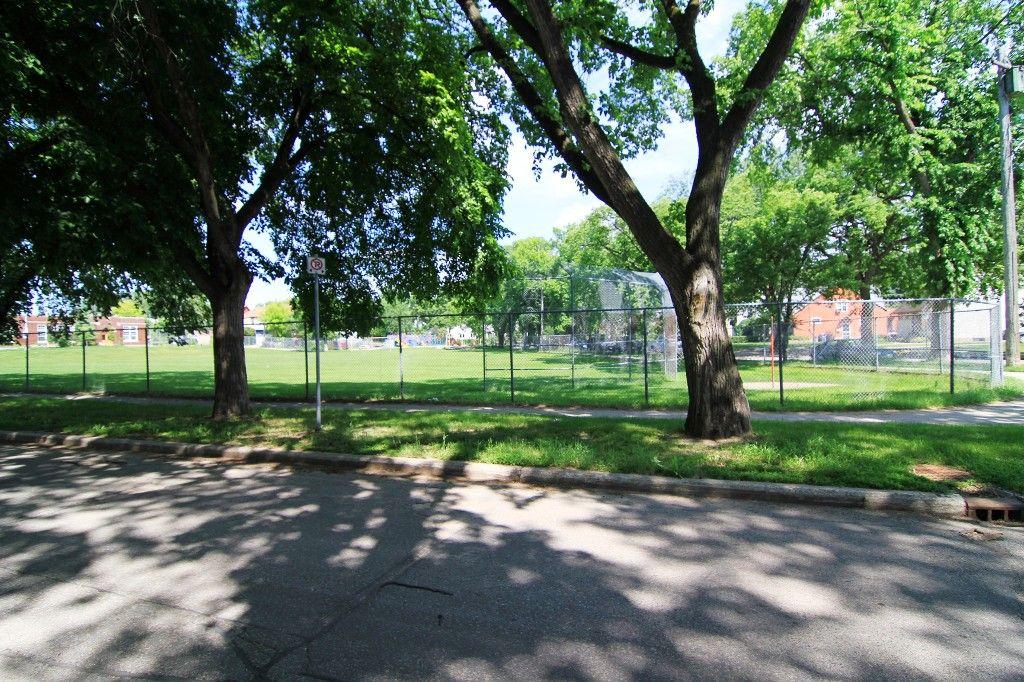 Photo 54: Photos: 470 Clifton Street in Winnipeg: Wolseley Single Family Detached for sale (West Winnipeg)  : MLS®# 1314152