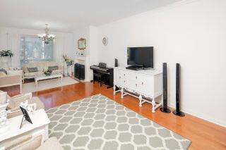 """Photo 5: 332 5735 HAMPTON Place in Vancouver: University VW Condo for sale in """"THE BRISTOL"""" (Vancouver West)  : MLS®# R2212569"""