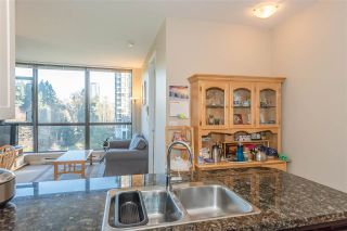 Photo 7: 705 6823 STATION HILL Drive in Burnaby: South Slope Condo for sale (Burnaby South)  : MLS®# R2326962