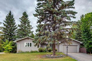 Photo 2: 82 FAIRWAY Drive in Edmonton: Zone 16 House for sale : MLS®# E4266254