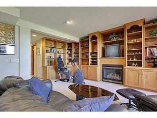 Photo 16: 147 EDGEBROOK Circle NW in Calgary: 2 Storey for sale : MLS®# C3580214