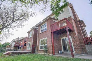 Photo 33: 39 Bushmills Square in Toronto: Agincourt North House (Backsplit 5) for sale (Toronto E07)  : MLS®# E4836046