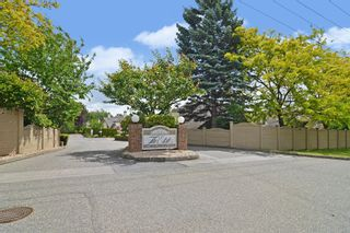 """Photo 31: 77 6140 192 Street in Surrey: Cloverdale BC Townhouse for sale in """"Estates at Manor Ridge"""" (Cloverdale)  : MLS®# R2592035"""
