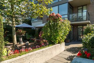 "Photo 14: 406 170 W 1ST Street in North Vancouver: Lower Lonsdale Condo for sale in ""ONE PARK LANE"" : MLS®# R2112058"