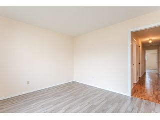 """Photo 5: 211 32691 GARIBALDI Drive in Abbotsford: Abbotsford West Townhouse for sale in """"CARRIAGE LANE"""" : MLS®# R2418995"""