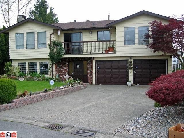 Main Photo: 8961 145TH Street in Surrey: Bear Creek Green Timbers House for sale : MLS®# F1101949
