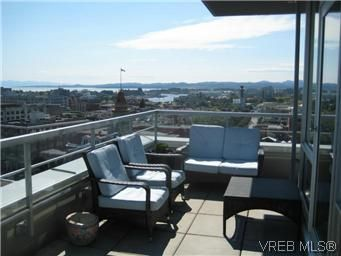 Main Photo: 1103 732 Cormorant Street in VICTORIA: Vi Downtown Condo Apartment for sale (Victoria)  : MLS®# 296221
